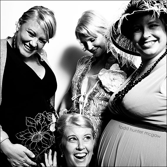 Michelle's  3 sisters..  ALL of them are pregnant !