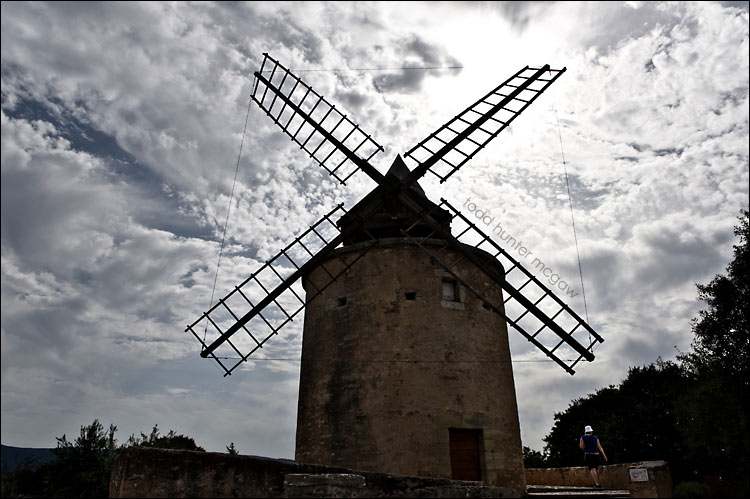a very old & wise windmill - built in 1180 (if my french is correct - what's french for 1180?)